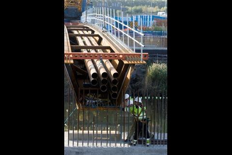 Bridge beam lift